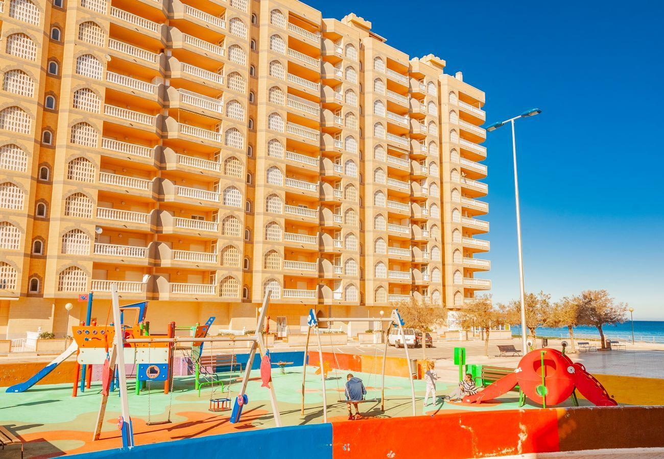 Apartamento en La Manga del Mar Menor - Castillo II P4 1ºB
